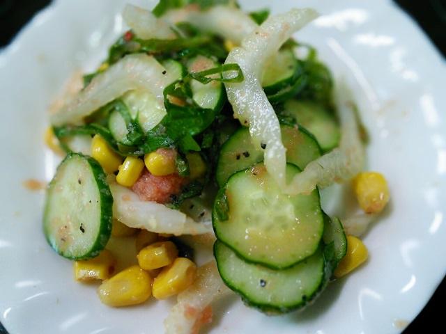 明太子と野菜のサラダ