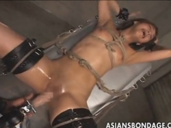 Japanese bondage fucking machine - XVIDEOS.COM