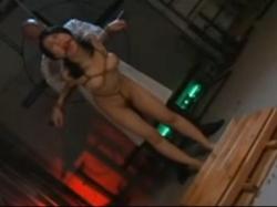 無実の罪で拷問をうける女 - エロ動画 アダルト動画