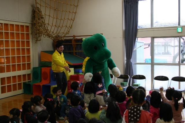 JA宮崎経済連 幼稚園への訪問20150211006jpg