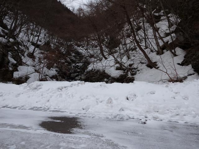 海抜900mあたりから雪が多くなる
