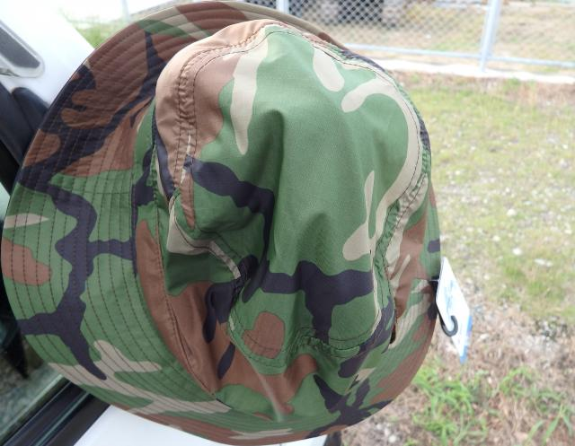 自衛隊の帽子?