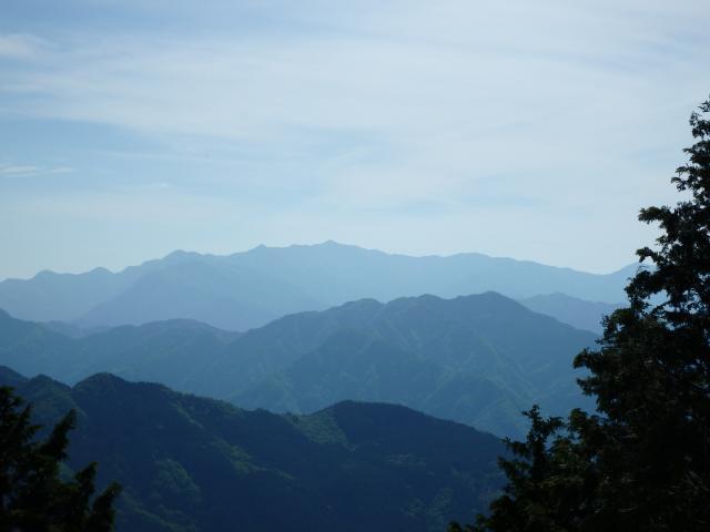 こちらは矢筈山