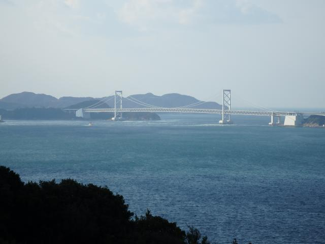 鳴門海峡を眺める