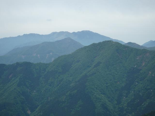 雲底は剣山より高いところにある