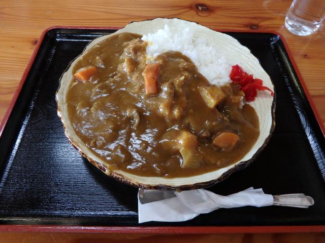 高城山の名物のシカ肉カレー