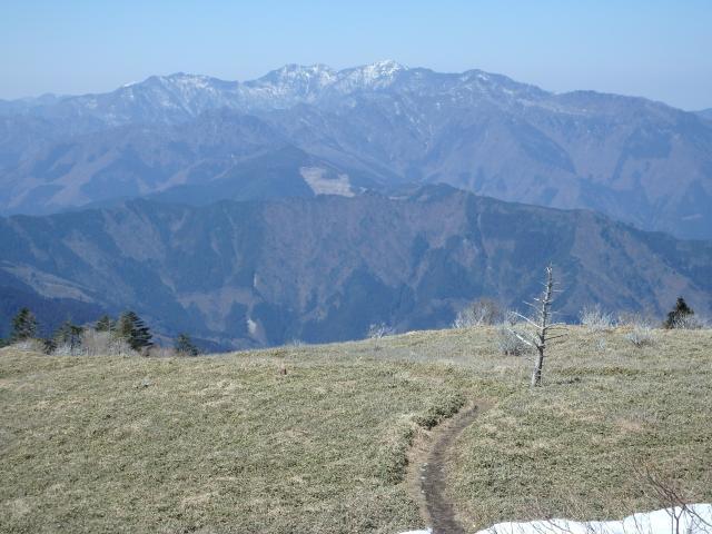 矢筈山を眺める
