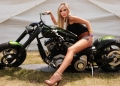 sexy_biker_taylor_swift_by_freakybaby1-d4wwrbr.jpg