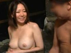 混浴温泉で巨乳お姉さんに勃起チンコ見せつけたらを欲情して部屋でセックスを求めてきた!