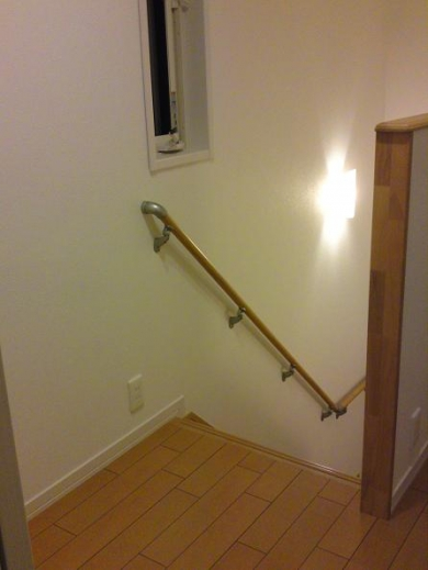 20120509002_階段を見下ろした