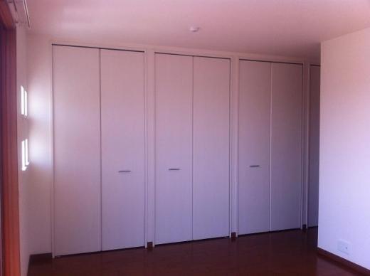 20120517001_寝室のクローゼット