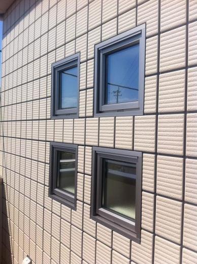 20120518005_アクセント小窓のアップ