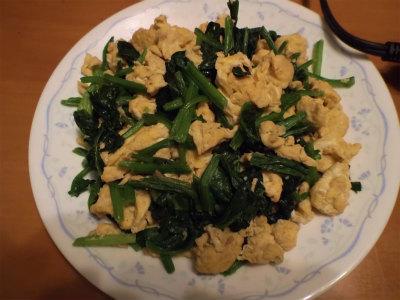 3.8ほうれん草と卵の炒め物