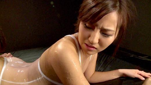 浅尾美羽 64