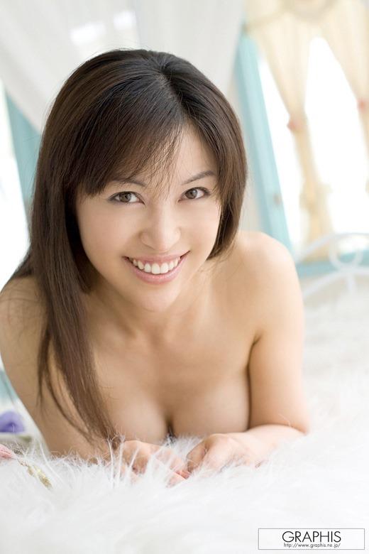 長瀬茜 32