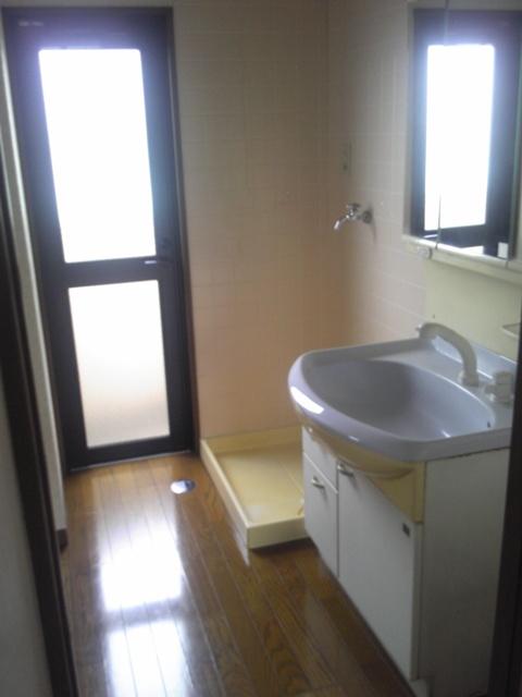洗面と洗濯機置場