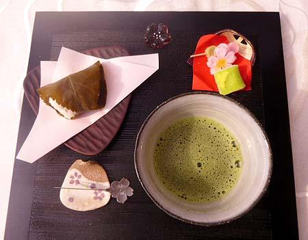 道明寺・お抹茶で・・・3