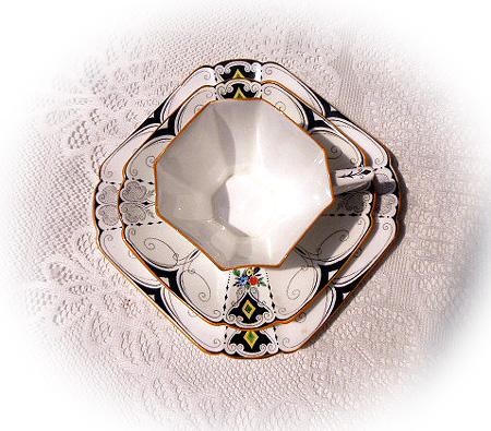 クイ-ンアンシェイプ・ダイヤモンド&フラワ-