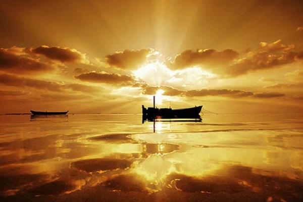 ノストラダムス(黄金の光と舟)image