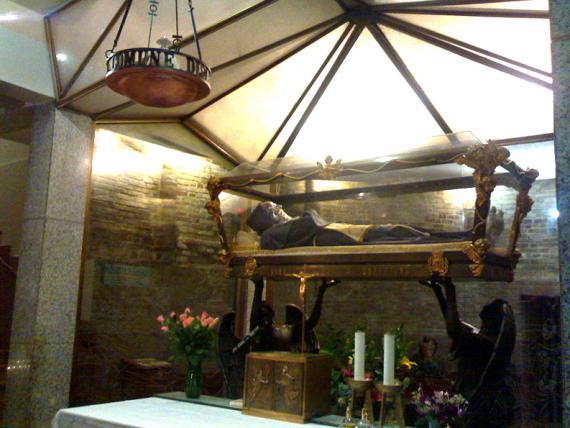 コペルティーノの聖ヨセフ(ご遺体2)image