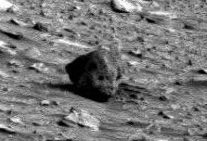 プロジェクトP(火星の上の頭のようなもの)image