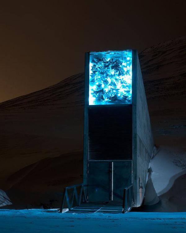 天変地異とか(ノルウェーの貯蔵庫入り口)image