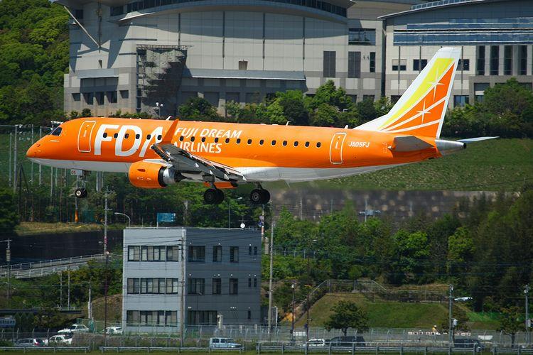 1504福岡空港① (735)FC2
