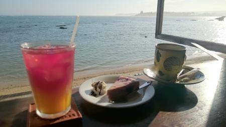 南城市 浜辺の茶屋