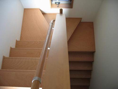 下り階段 さがる