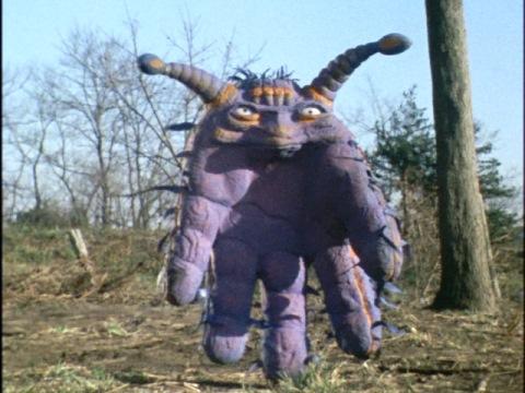 紫外線を浴び、怪獣化したグロブスク