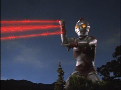 ウルトラマン80のサクシウム光線Bタイプ(ガッツパワー光線)