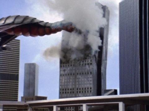 超高層ビル(新宿住友ビルディング)を破壊するサタンモア