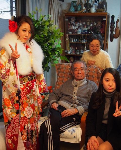 小まゆ成人式おばあちゃん