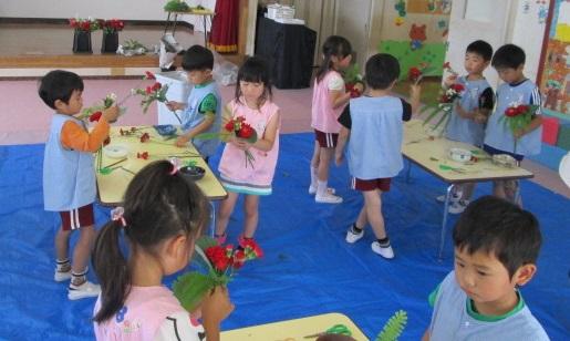 幼稚園花2 - コピー