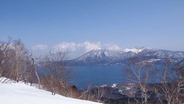 ピークから支笏湖P3228047