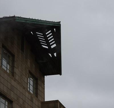 20150214ビルトモア屋根