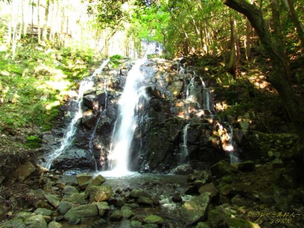 8530黒土の滝150505