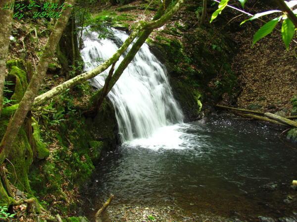 8644白水の滝 女滝150517