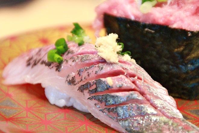 094_まるかつ水産の寿司-20141231-181158