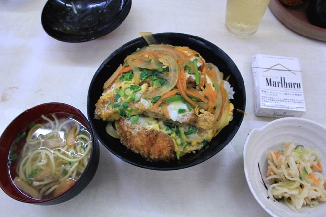 068_あさひ食堂のかつ丼-20141231-181145