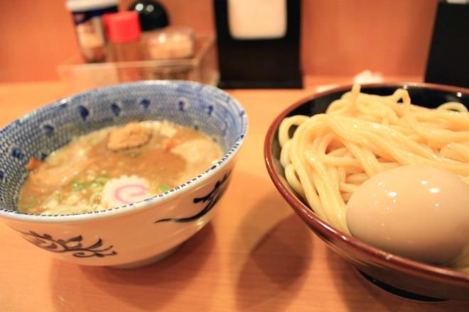 013_六厘舎のあじたまつけ麺-20141231-181357