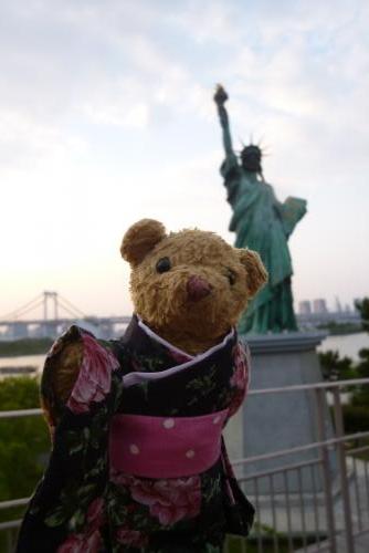 東京一人旅 お台場 自由の女神像&ベァー