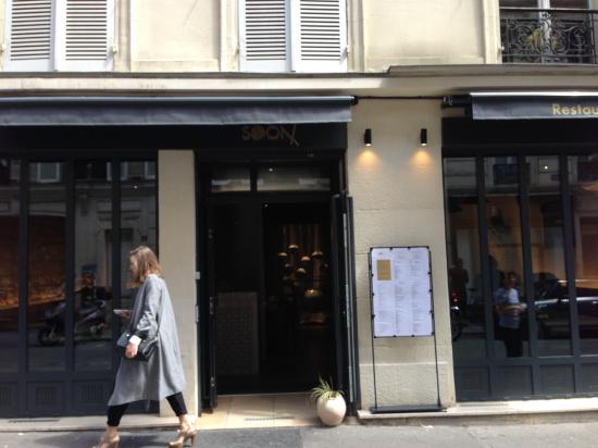 新しいマレ地区のシックなコリアンレストラン SOON
