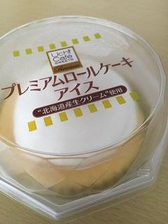 ローソン プレミアム ロールケーキアイス1