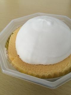 ローソン プレミアム ロールケーキアイス2
