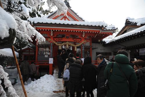 正月の金澤神社2015_03