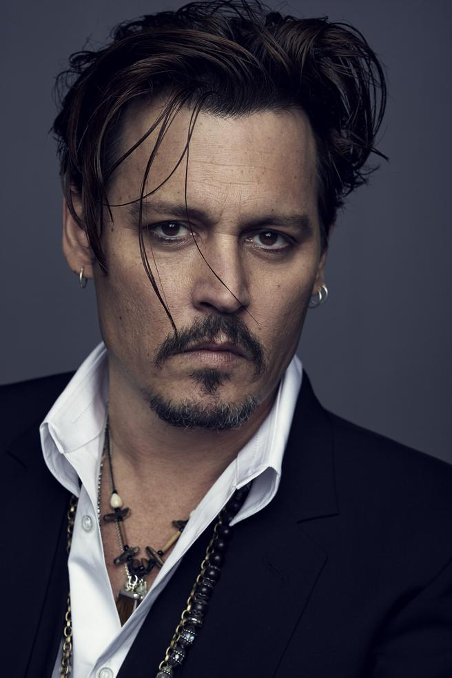 johnny-depp-visage-dune-nouvelle-fragrance-christian-dior-parfums.jpg