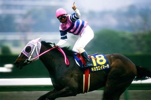 【競馬】キョウエイマーチの桜花賞が18年前とういう事実