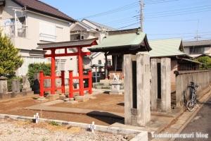 稲荷神社(越谷市千間台西)1