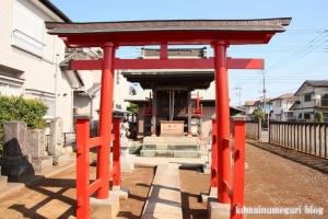稲荷神社(越谷市千間台西)3